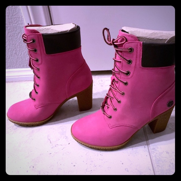 47377a528f4 Super Cute Brand New Pink Timberlands